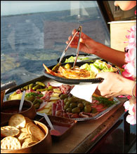 Top Maui Afternoon Snorkel Cruise serves food and Drinks.