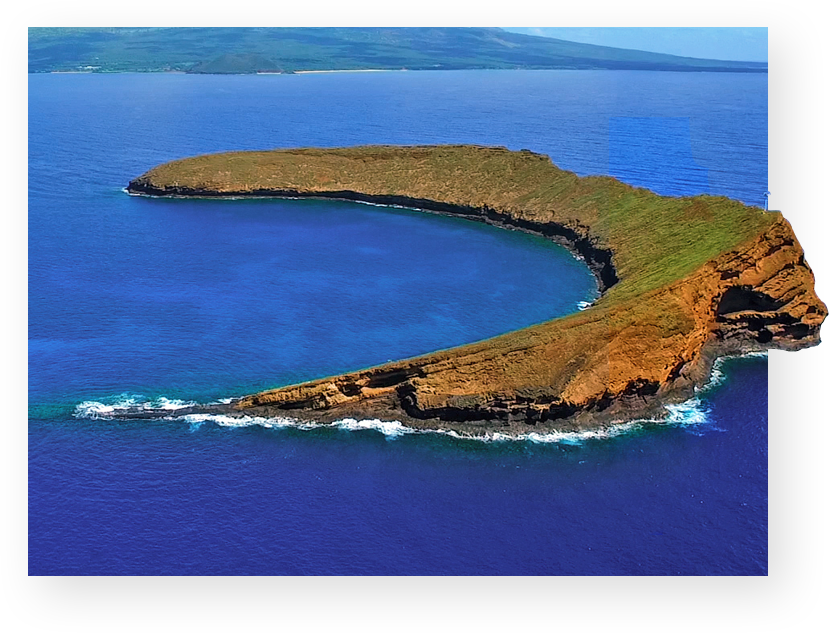 Molokini Crater tour on the top Maui private charter boat.